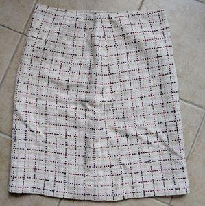 MaxMara beautiful houndstooth skirt. Size 10